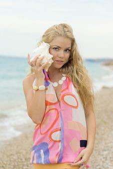 Free Girl On Sea Coast With Cockleshells Stock Photos - 15131693