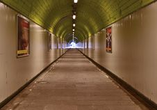 Free Tunnel Green Royalty Free Stock Photography - 15133187