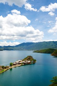 Free Lugu Lake Stock Photography - 15137202