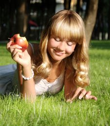 Free A Beautiful Young Blonde Royalty Free Stock Photo - 15138765