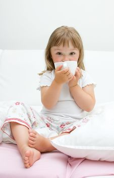 Free Sick Little Girl Stock Photos - 15139503