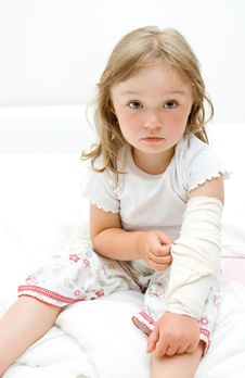 Free Sick Little Girl Stock Image - 15139551