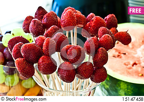 Free Weeding Assorted Arrangement Fruits Royalty Free Stock Photos - 15147458