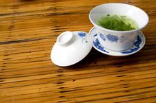 Free Teacup And Table Royalty Free Stock Photography - 15141277