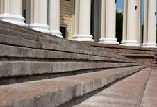 Free Old Stone Broken Staircase Stock Photo - 15147470