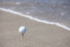 Free Golf Ball Royalty Free Stock Photography - 15149787