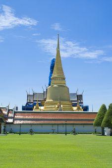 Free Golden Pagoda At Grand Palace Stock Image - 15151581