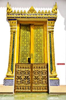 Free Temple Gate. Stock Images - 15152404