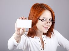 Free Portrait Of An Young Woman With Blank White Card Royalty Free Stock Image - 15155396