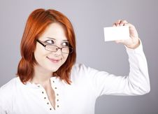 Free Portrait Of An Young Woman With Blank White Card Royalty Free Stock Photos - 15155408