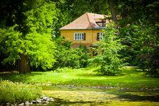 Free Cottage Stock Photo - 15155760