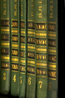 Free The Green Books On The Shelf Stock Image - 15156431