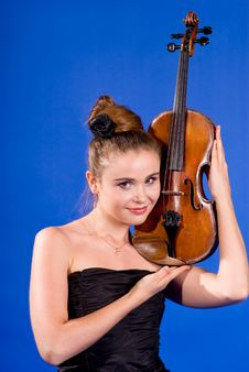 Free Girl With Violin Royalty Free Stock Images - 15156599