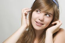 Free Young Woman Listening Music Royalty Free Stock Photo - 15160815