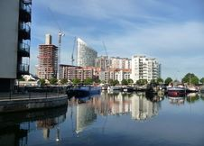 Free Docklands Reflected View Royalty Free Stock Photos - 15161498
