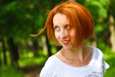 Free Enigmatic Young Woman Royalty Free Stock Photos - 15162108
