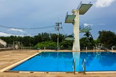 Free Jumping Swimming Pool Stock Photography - 15164322