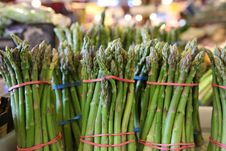 Free Asparagus Bunches In A Farmers  Market Stock Photo - 15167020