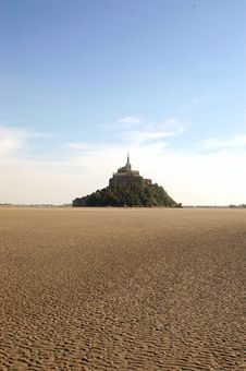 Free Low Tide At Mont St Michel Stock Photo - 15172790