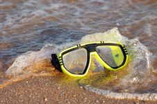 Free Mask For A Scuba Diving Royalty Free Stock Photos - 15173138