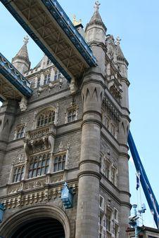 Free Tower Bridge Royalty Free Stock Images - 15173519