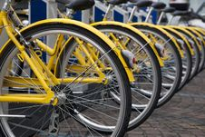 Free Yellow Bikes For Hire Stock Images - 15173764