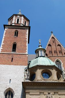 Free Cathedral At Wawel Hill In Cracow Royalty Free Stock Photo - 15175245