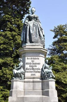 Free Empress Maria Theresia Monument In Wiener Neustadt Stock Images - 15175734