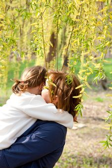 Free Mother Hugging Her Daughter Stock Photography - 15175772