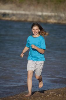 Free Girl Running On  Beach Royalty Free Stock Photography - 15178347