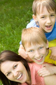 Free Happy Boys With Mom Stock Image - 15182971