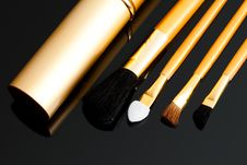 Free Cosmetic Brushes On Black Royalty Free Stock Photos - 15183588