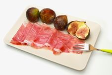 Free Fresh Fig With Ham Stock Photo - 15184220