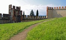 Free Castle Wall And Battlements Stock Photo - 15184610