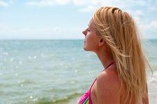 Free Woman Near Sea Royalty Free Stock Photography - 15191207