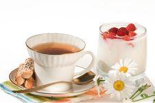Free Tea And Milk Stock Image - 15192371