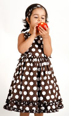 Free Toddler Eating Apple Royalty Free Stock Image - 15198886