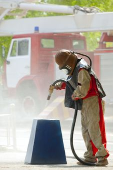 Free Worker In A Protective Suit Spraying Sand Stock Photo - 15199180