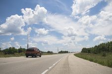 Free Car On Highway Skyline Stock Photo - 15199500