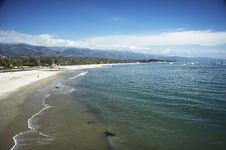 Free Coastline With Beach Royalty Free Stock Photo - 1520175