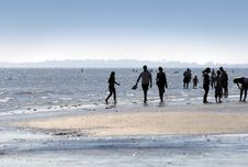 Free Evening Seaside Stroll Stock Images - 1520754
