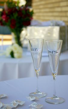 Free Mr And Mrs Wine Glasses Stock Photo - 1521080
