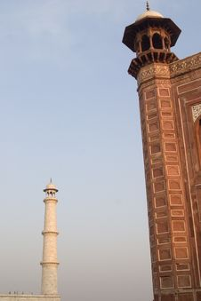 Free Tower Of The Taj Mahal, Agra, India. Stock Photos - 1525383