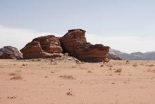 Free Camels, Desert Scenery, Wadi Rum, Jordan, Middle East Stock Images - 1525414