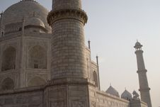 Free Tower Of The Taj Mahal, Agra, India. Stock Photo - 1525460