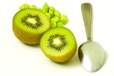 Free Kiwis With Spoon Stock Images - 15201834