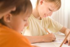 Free Young Mother Draws With His Sons Stock Images - 15202154