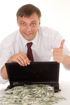 Free Businessman With Laptop Royalty Free Stock Images - 15202529