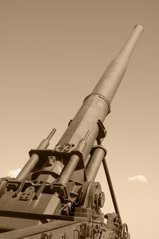 Free Duotone Artillery Stock Image - 15202961
