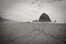 Free Cannon Beach Stock Photo - 15203750